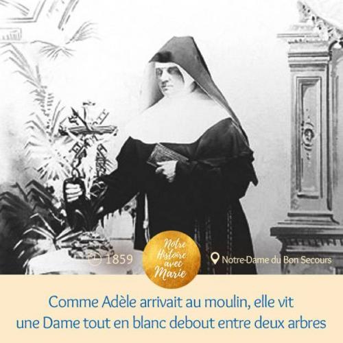 Comme Adèle arrivait au moulin, elle vit une Dame tout en blanc debout entre deux arbres