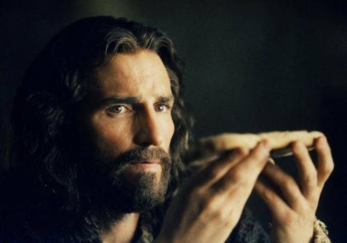 Jim Caviezel, dans La Passion du Christ. Photo © RONALDGRANT/MARY EVANS/SIPA